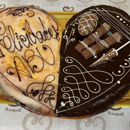 Palmera con decoración de chocolates variados